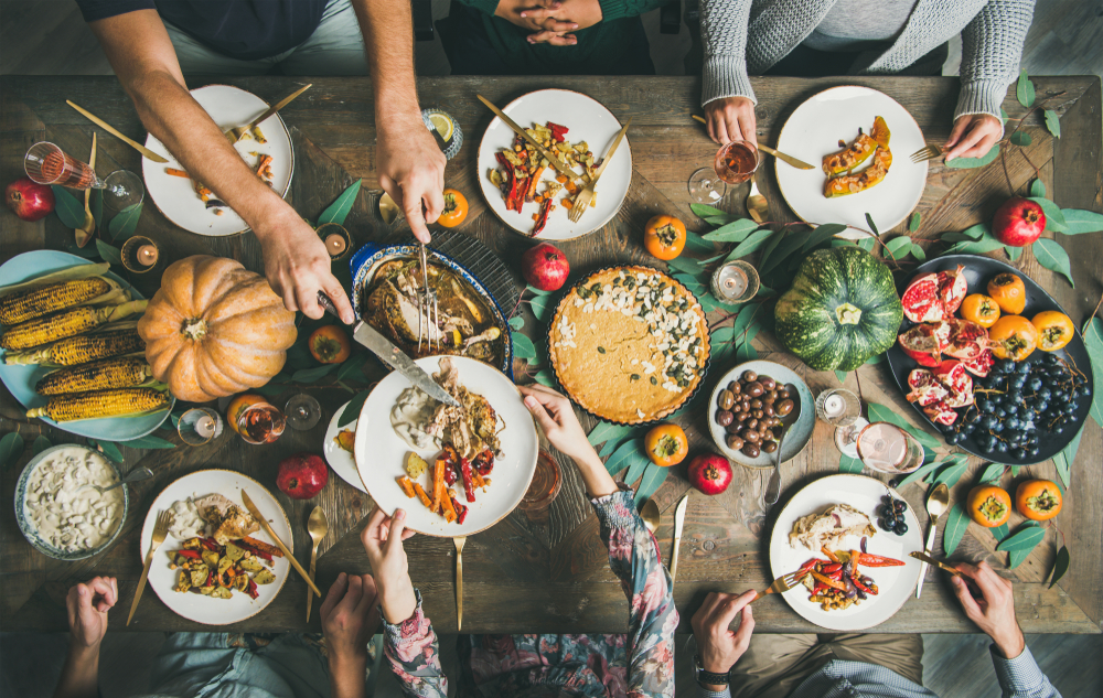 Simple Thanksgiving Table Decor Ideas to Wow Your Guests
